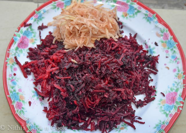 washed and grated beetroot and potato are kept in the plate
