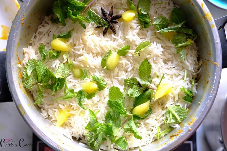 rice is taken in a pot