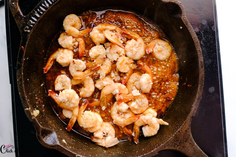 cooked shrimps in the skillet